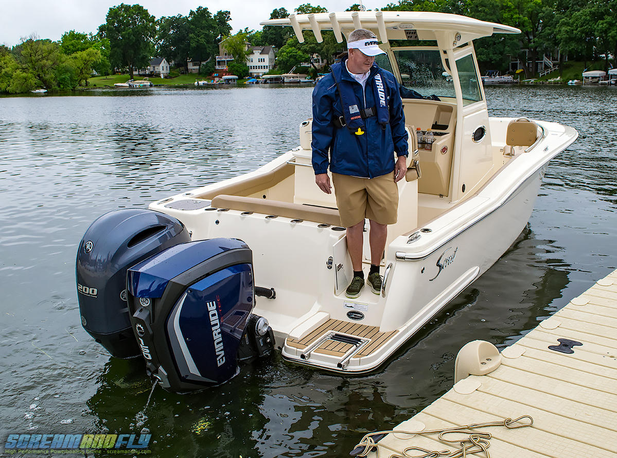 Scream And Fly Magazine - Club BRP 2017 Evinrude G2 Launch Event